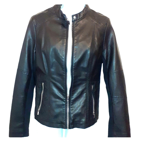 👚3 for $25👗 'Rivet' Faux Leather Jacket 🇨🇦 M